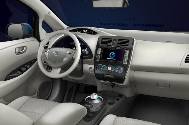 Interni Nissan Leaf