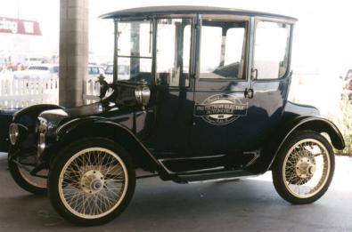 auto elettrica d'epoca
