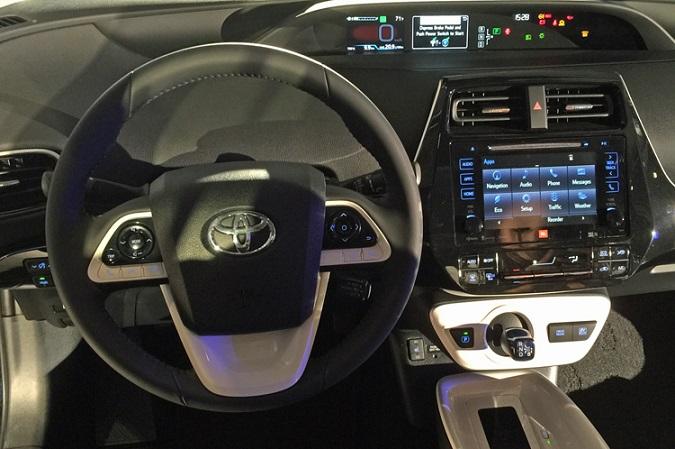 Toyota Prius 2016 interni