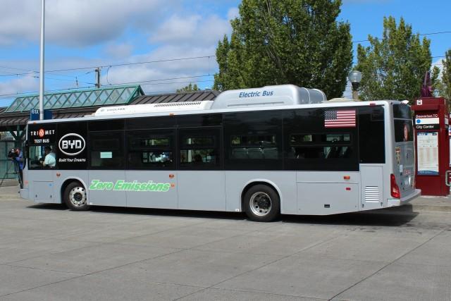 auto elettriche più vendute - BYD K9 autobus elettrico