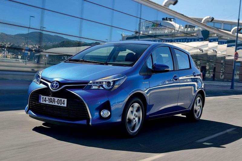 vendite auto elettriche - Toyota Yaris hybrid