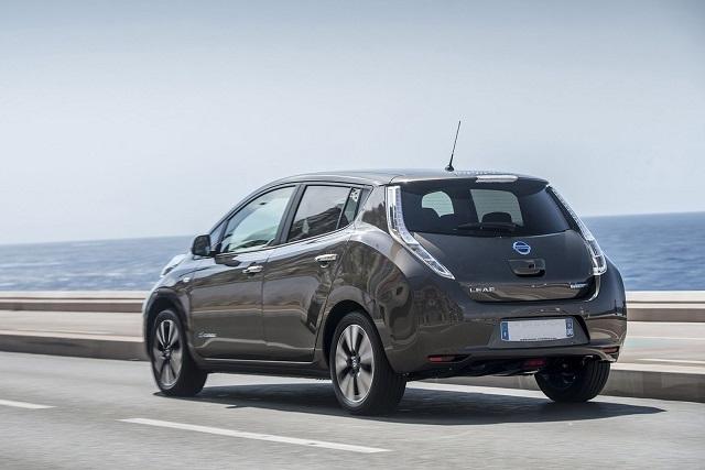 vendita auto elettriche - Nissan LEAF 2016