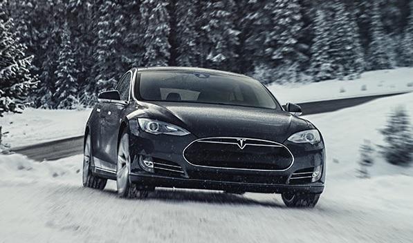 Aggiornamenti Tesla Marzo 2016