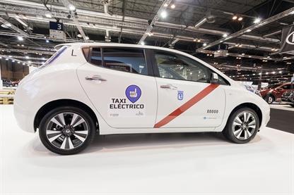 taxi elettrici Nissan LEAF