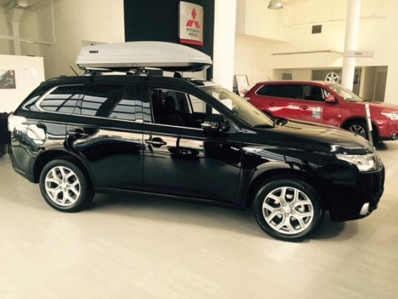 vendite di auto elettriche - Mitsubishi Outlander PHEV