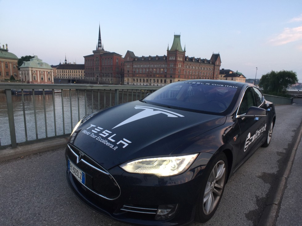 World Tour Ecolibera.it - Tesla Model S