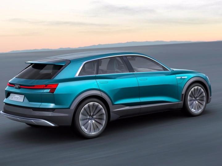 auto elettrica Audi - autonomia 500 km
