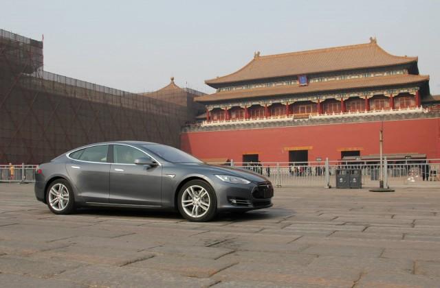 Tesla e la Cina