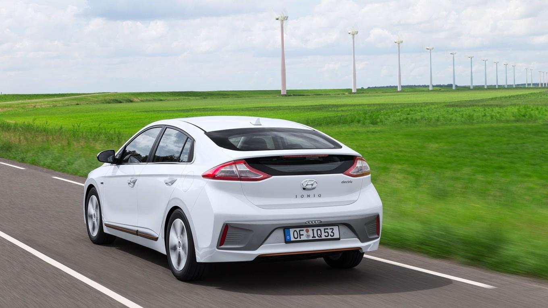 Prezzo Hyundai Ioniq elettrica - esterni