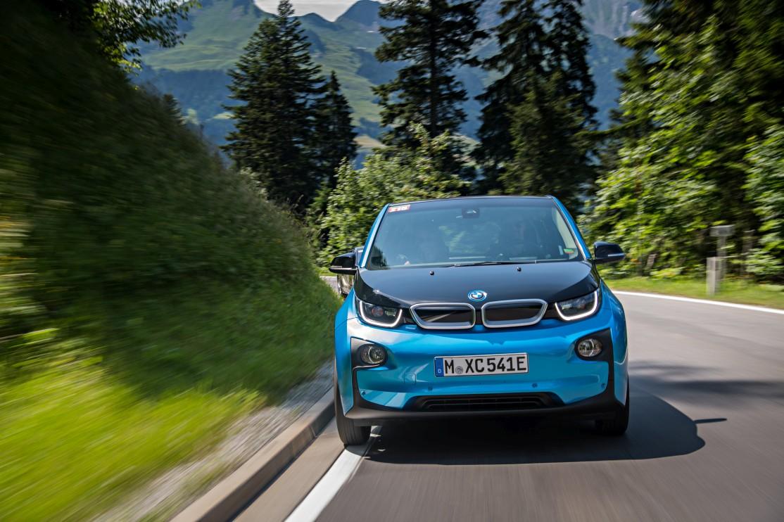 sistemi di ricarica auto elettriche - BMW i3