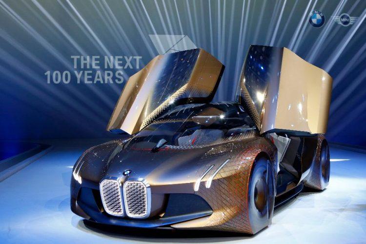 BMW i5, la evoluzione di BMW iNext