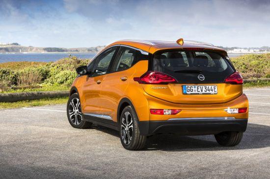 prezzo Opel Ampera-e: posteriore