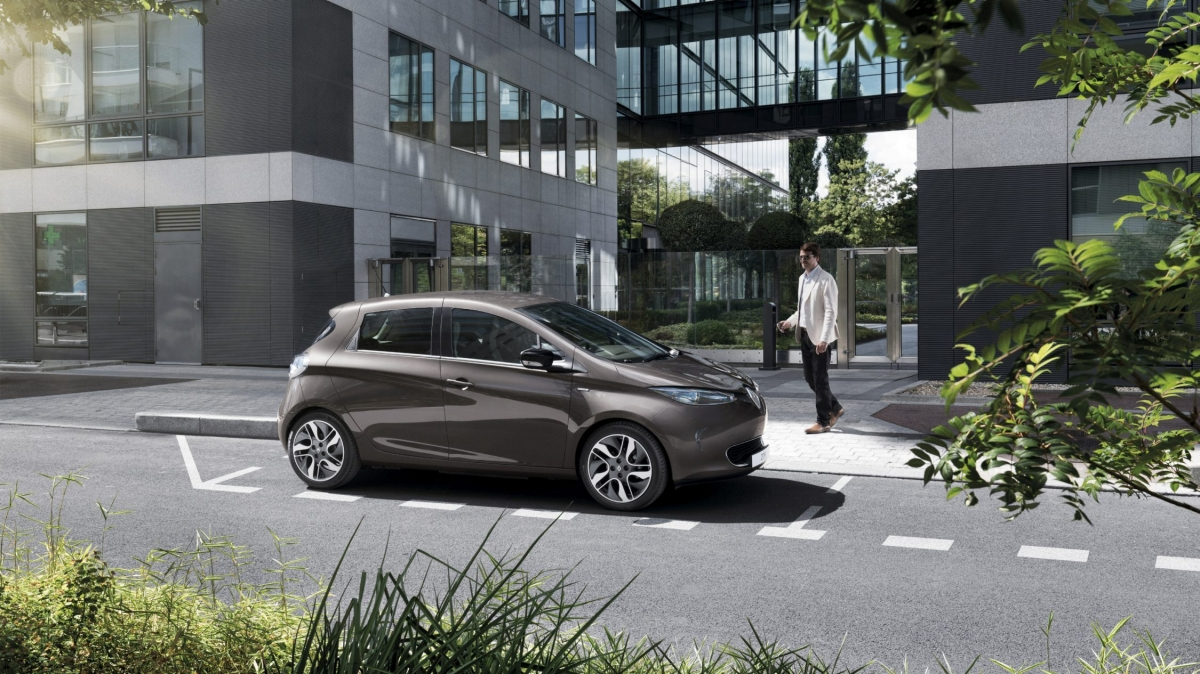 renault-zoe-b10-ph1lr-design-exterior-gallery-005.jpg.ximg.l full h.smart